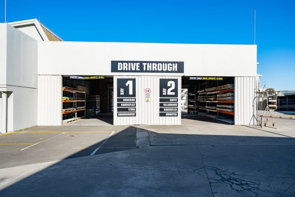 Dyers Road ITM have a drive through, making getting for your timber and building materials easy